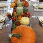 Poner una mesa perfecta de Acción de Gracias (con tarjetas de ubicación imprimibles)