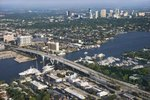 Hotels With Kitchenettes and Breakfast in Broward County, Florida
