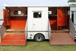 Do it Yourself Living Quarters for Horse Trailers