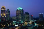 Places to Stay in Atlanta With a Balcony