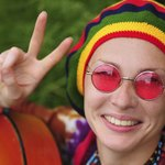 Woman with Reggae colors on hat.
