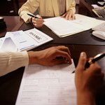 All grantors must sign the quitclaim deed for the grantee to have clear title to the property.