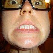 Swallowing a dental bridge can make you panic.