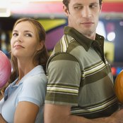 Avoid potential injury to yourself and others by sizing your bowling ball correctly.