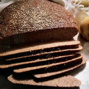 Rye bread contains more selenium, folate and fiber than wheat bread.