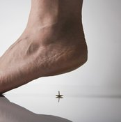 Your feet can be strengthened in just a few minutes.
