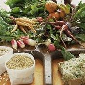 Elderly people should eat plenty of high-fiber whole grains and produce.