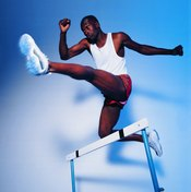 Hurdling uses fast-twitch muscle fibers.