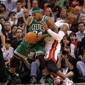 Elbowing your opponent is a sure-fire way to earn a foul.