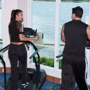 A 30-minute treadmill workout alone isn't enough to lose weight.
