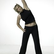 Doing aerobic stretches burns more calories than static stretching.