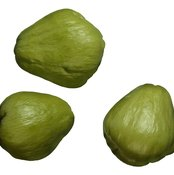 Juice raw chayote squash to consume more folate.