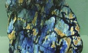 How Is Labradorite Mined?