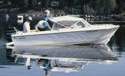 How to Fix Chips & Dents on a Fiberglass Boat