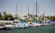 What Is the Difference Between a Boat Dock & a Boat Slip?