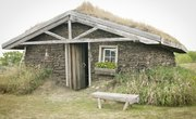 How to Build a Model Sod House for a School Project