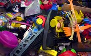 How to Make an Animal Cell Model Using Recyclable Material
