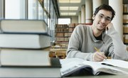 A Business Associate Degree vs. a Bachelor's Degree