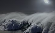 The Effects of the Moon Phases on Ocean Tides