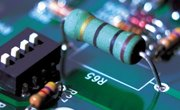 How to Calculate Steady-State Voltage