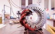How to Rewire an Electrical Motor to Generate AC Current