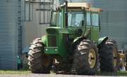 How to Clear Land With a Farm Tractor