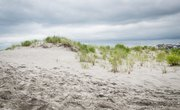How to Make Sand Dunes for a School Project