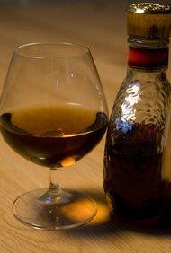 Las licencias de licor tienen un proceso de solicitud largo.
