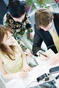 Comienza un plan de marketing con una evaluación de tu producto o servicio.