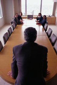 Los administradores o gerentes necesitan saber cómo lidiar con la incertidumbre.