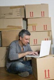 Consigue una cuenta de comerciante para poder aceptar tarjetas de crédito en línea.