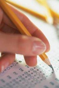 Puedes hacer una evaluación de desempeño basada en papel.