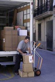 El FASB establece normas de contabilidad para todas las industrias.