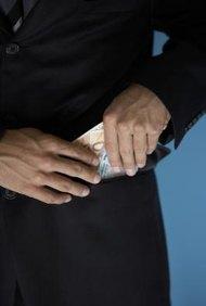 La ausencia de medidas de controle interno puede tentar a tus empleados a robar.