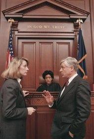 Hay más qué hacer después de que hayas dejado atrás los tribunales.