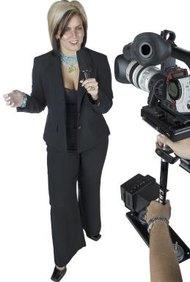 El periodismo cubre muchos trabajos diferentes, un reportero es uno de ellos.
