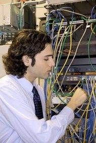 Los grupos de servidores cumplen con su papel una vez que los ocupan los sistemas de marcos principales.
