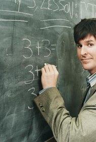 Los profesores de matemática utilizan una variedad de métodos de enseñanza para trasmitir conocimientos.