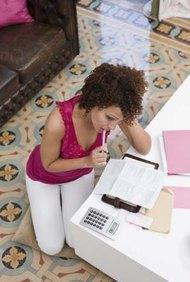 Investiga cuán altos son los costos de seguro antes de que empieces un negocio de contrataciones.