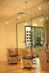 Los contratos de renta comercial son comunes en los salones de balleza.