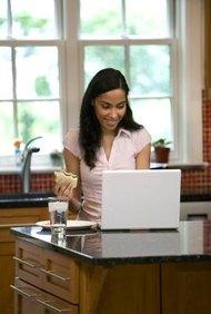 Trabajar desde casa es una de las ventajas de ser dueño de un negocio casero.