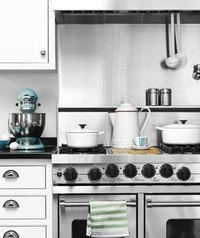 Remove Grease Stains From Kitchen Appliances