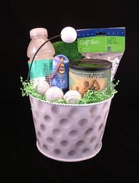 Golf gift baskets can be easily assembled at home.