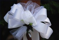 Tulle makes a beautiful decoration both on its own and as part of a bouquet.