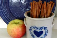 Apples and cinnamon sticks make a winning combination.