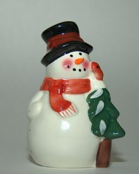 Making a Frosty the Snowman costume can be easy.