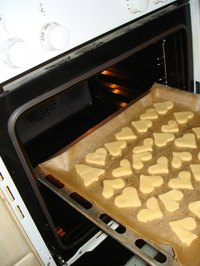 Run self-cleaning cycles after baking to reduce energy use.