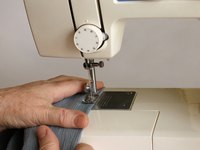 Make a pillowcase on the sewing machine.