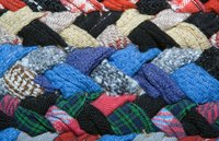 Select a variety of colors for your rag rug or choose the same color for a solid rug look.