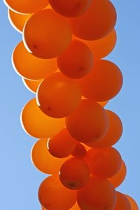 Balloon colums are only one type of decoration suitable for parties.